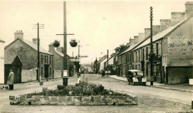 A picture of Wind Street, Ammanford in 1958