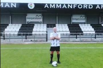 Ammanford sign former Swans star Andy Robinson