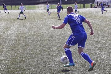 Cwmamman fall to opening day defeat