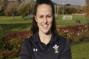Ffion makes it four ex-Amman Valley pupils in Wales squad