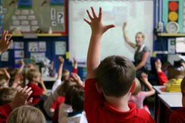 Carmarthenshire Council calls on Welsh Government for clean air technology in schools to stop Covid spreading