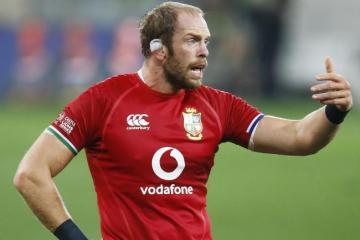 Captain Alun Wyn Jones warns that Lions must continue to roar
