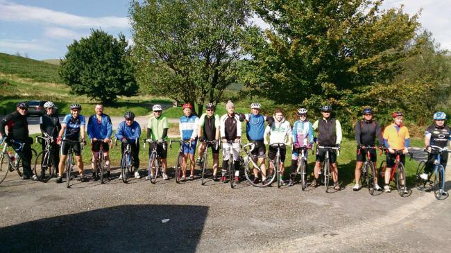 Cyclists line up at the top of Sugarloaf