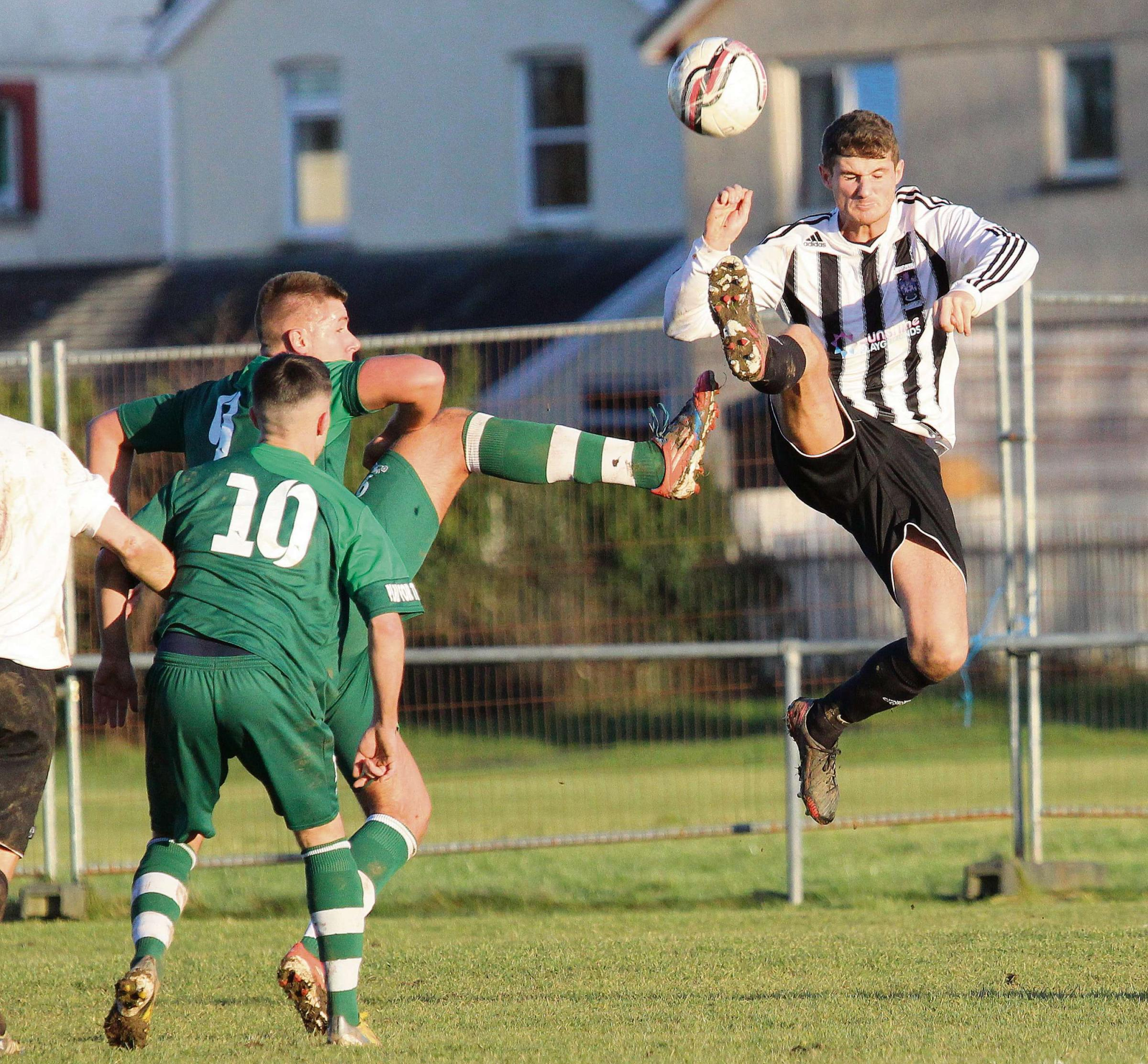 Hyde seeks league safety for Ammanford