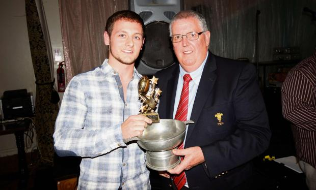 South Wales Guardian: BEST OF BETWS: Steff James receives the Betws 1sts Player of the Year award.Pic: SDD