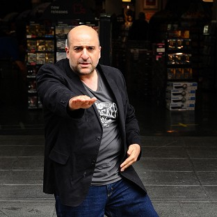 Omid Djalili has revealed how Russell Crowe thought he was coming on to him