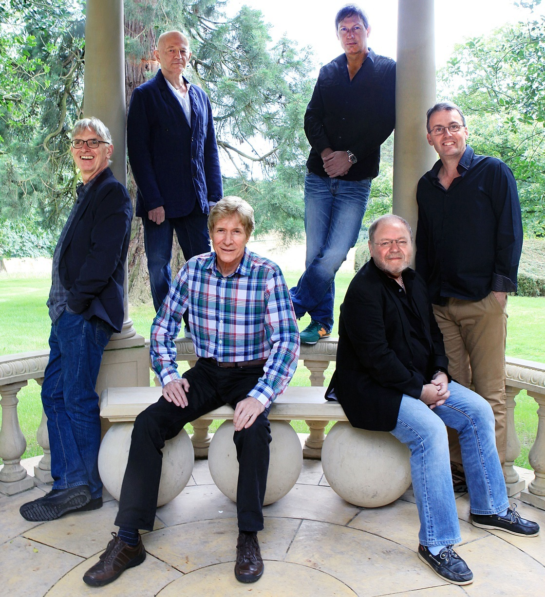 The Manfreds are set to take to the stage at Pontardawe Arts Centre on April 1