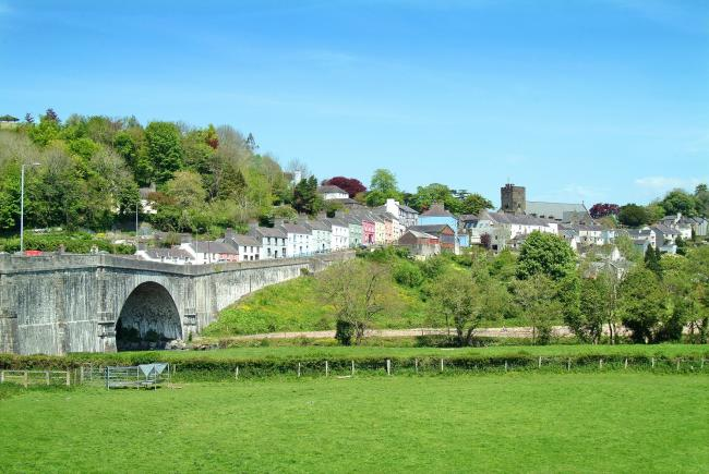 dating places in carmarthen