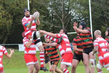 Cwmgors edge out Betws in Bowl matchup