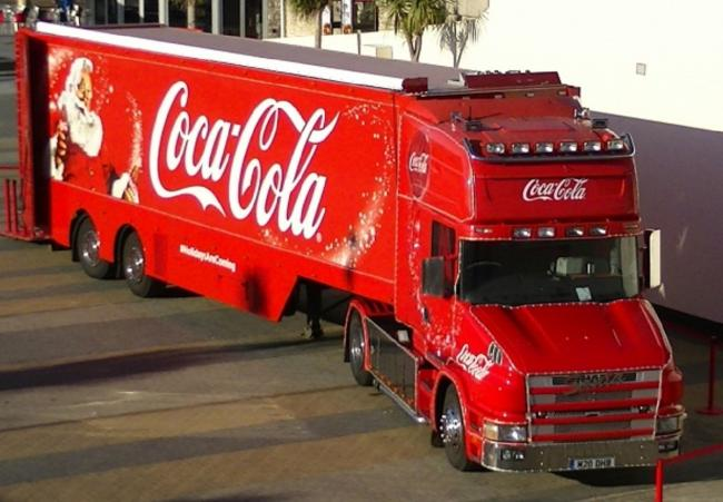 Coca Cola Christmas.The Coca Cola Christmas Truck Will Stop In Wales Next