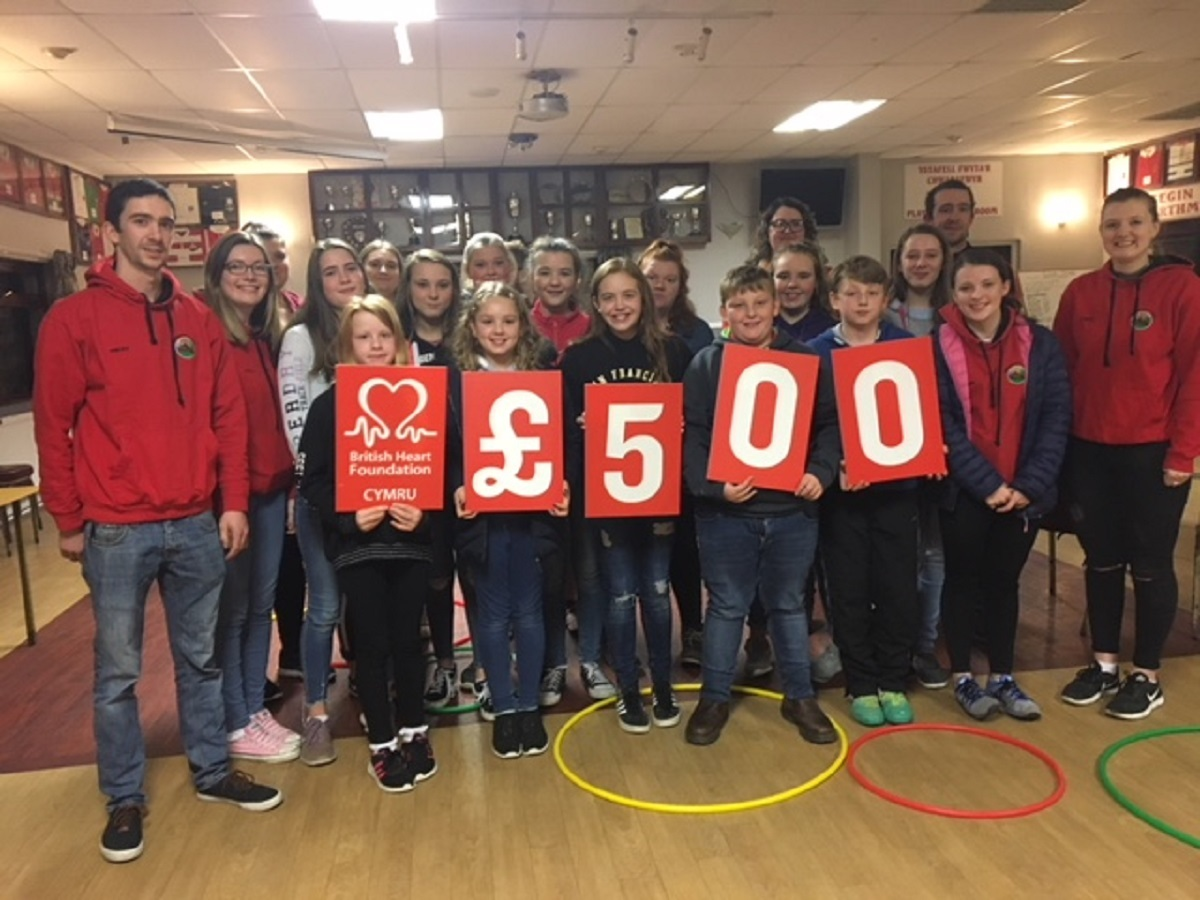 Young Farmers thanked for their dedication to heart charity