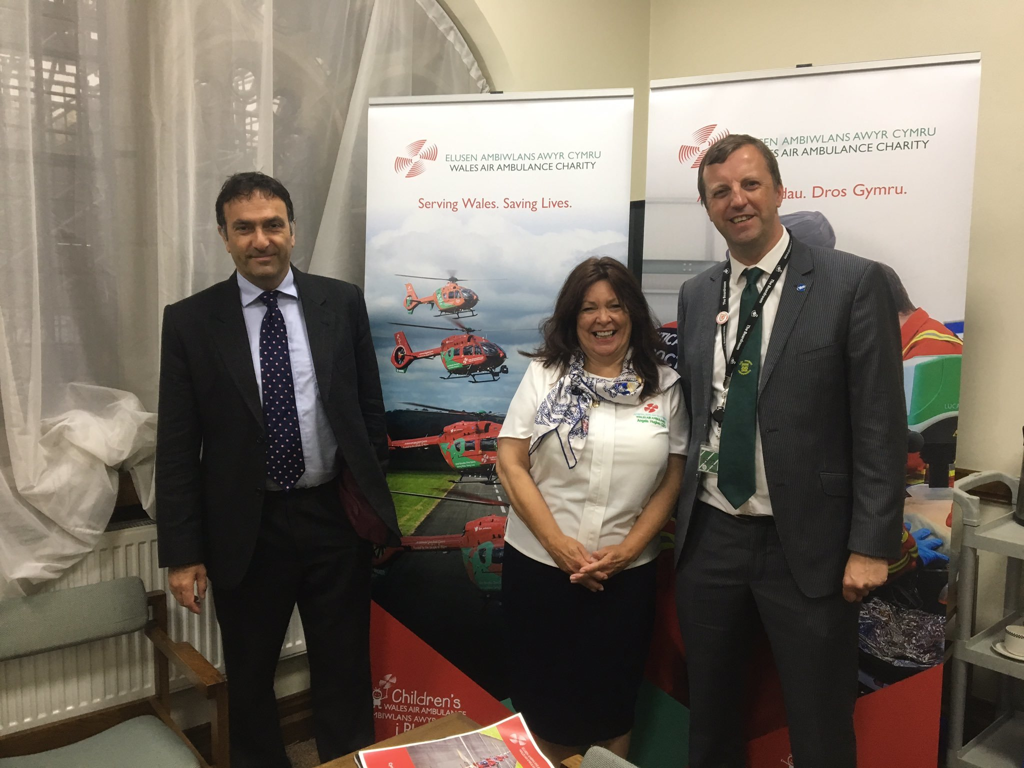 Plaid MP welcomes Wales Air Ambulance to Parliament
